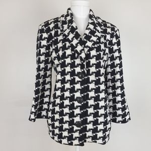 St. John Collection black and white houndstooth